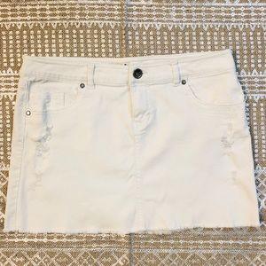 Mudd Distressed White Denim Jean Skirt